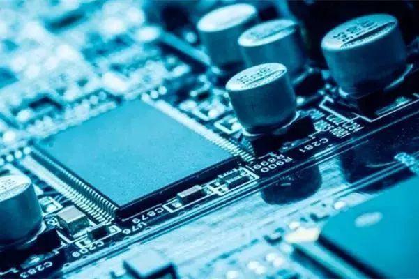 汽车行业预见芯片危机,发展国产芯片需人才建设!